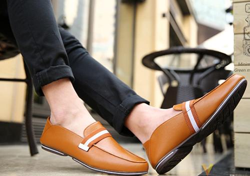 Bí quyết tỏa sáng phong cách cùng giày lười nam - 3