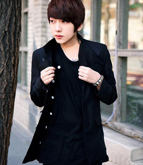 Mách chàng cách phối áo vest với thun sành điệu - 8