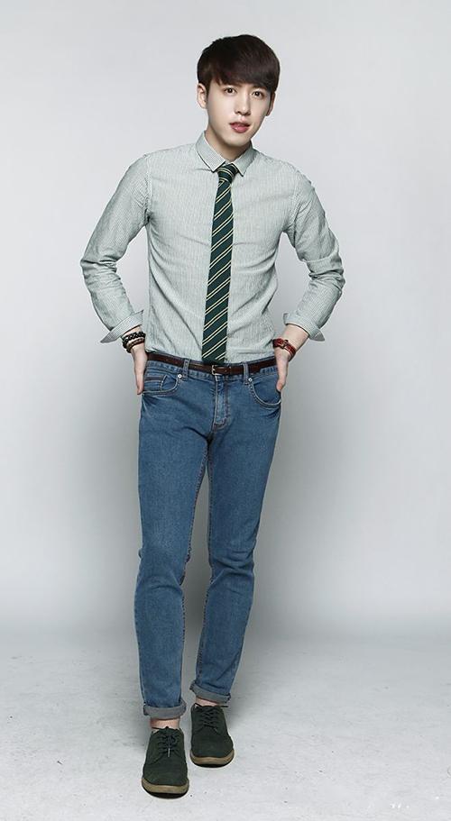 Các mẫu quần giúp tôn dáng chàng công sở - 19