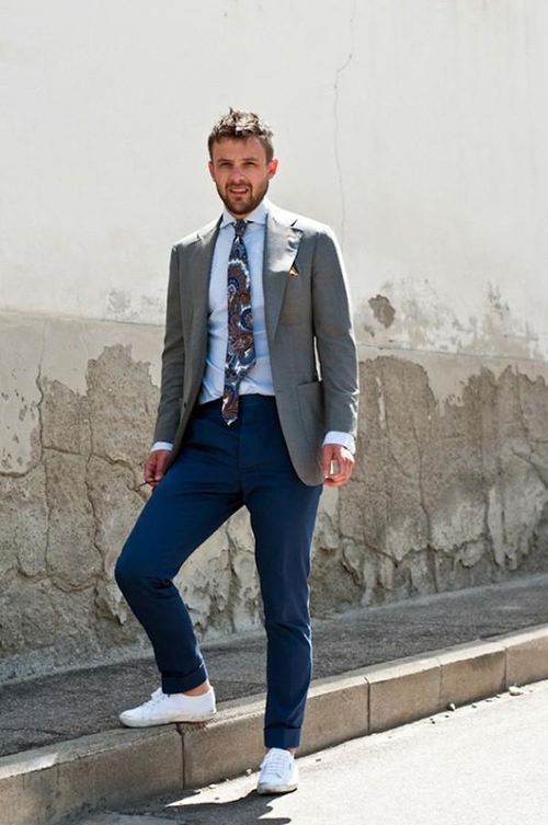 Gợi ý cách phối áo vest cùng kính râm và giày thể thao - 6