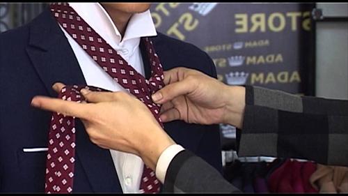 Những lỗi cơ bản nên tránh khi đeo cà vạt - 5
