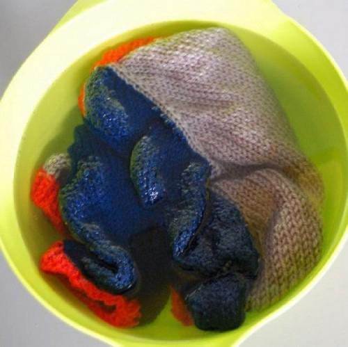 Bí quyết bảo quản đồ len bền đẹp - 2