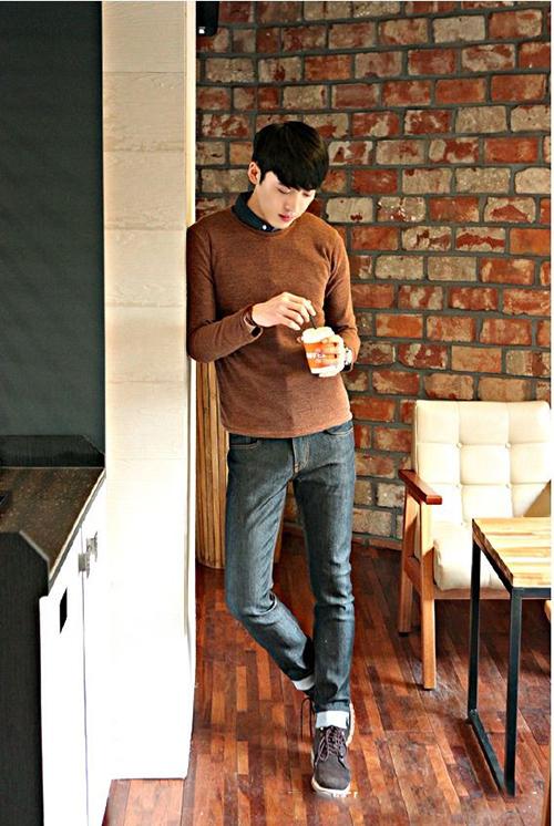 Phối áo thun trơn đơn giản nhưng phong cách - 5