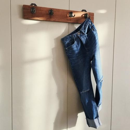 Tuyệt chiêu tái chế quần jean cũ thành thứ có ích - 3