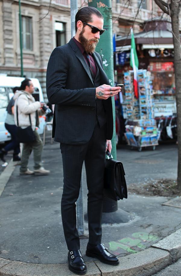 Bí quyết phối đồ với 6 kiểu túi quen thuộc cho nam giới - 1