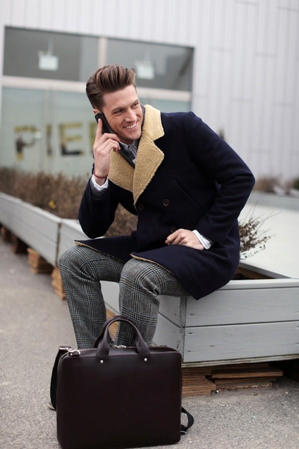Bí quyết phối đồ với 6 kiểu túi quen thuộc cho nam giới - 3