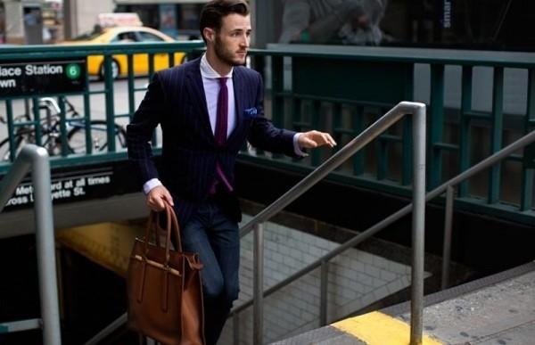 Bí quyết phối đồ với 6 kiểu túi quen thuộc cho nam giới - 18