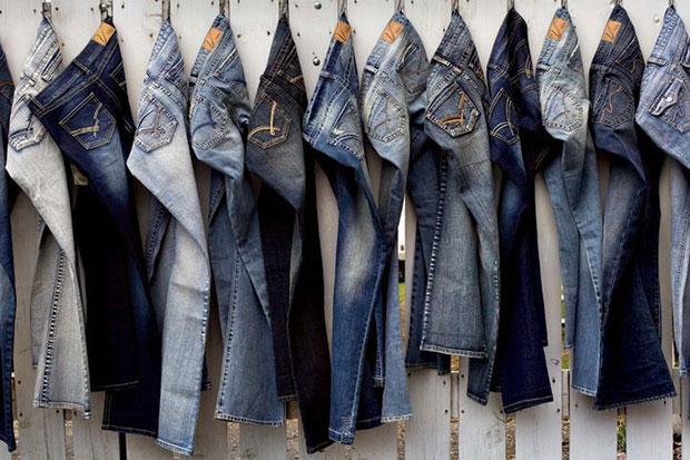 Cách giữ màu quần jeans lâu phai - 2