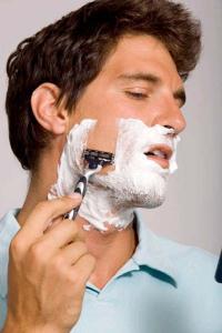 Cạo râu như thế nào mới đúng cách?