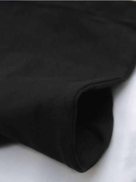 Áo thun cổ tim đen at543 - 3