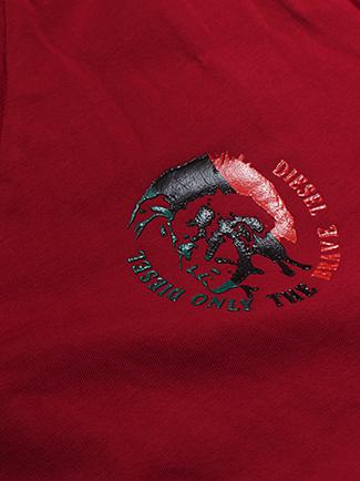 Áo thun cổ tim đỏ at572 - 2