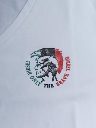 Áo thun cổ tim trắng at572 - 2