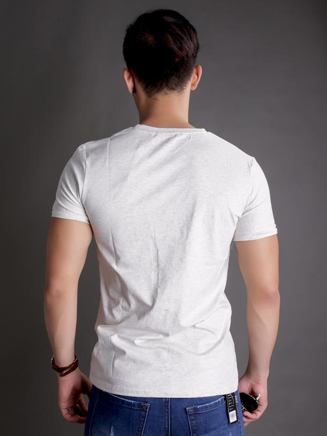 Áo thun cổ tròn trắng kem at597 - 2