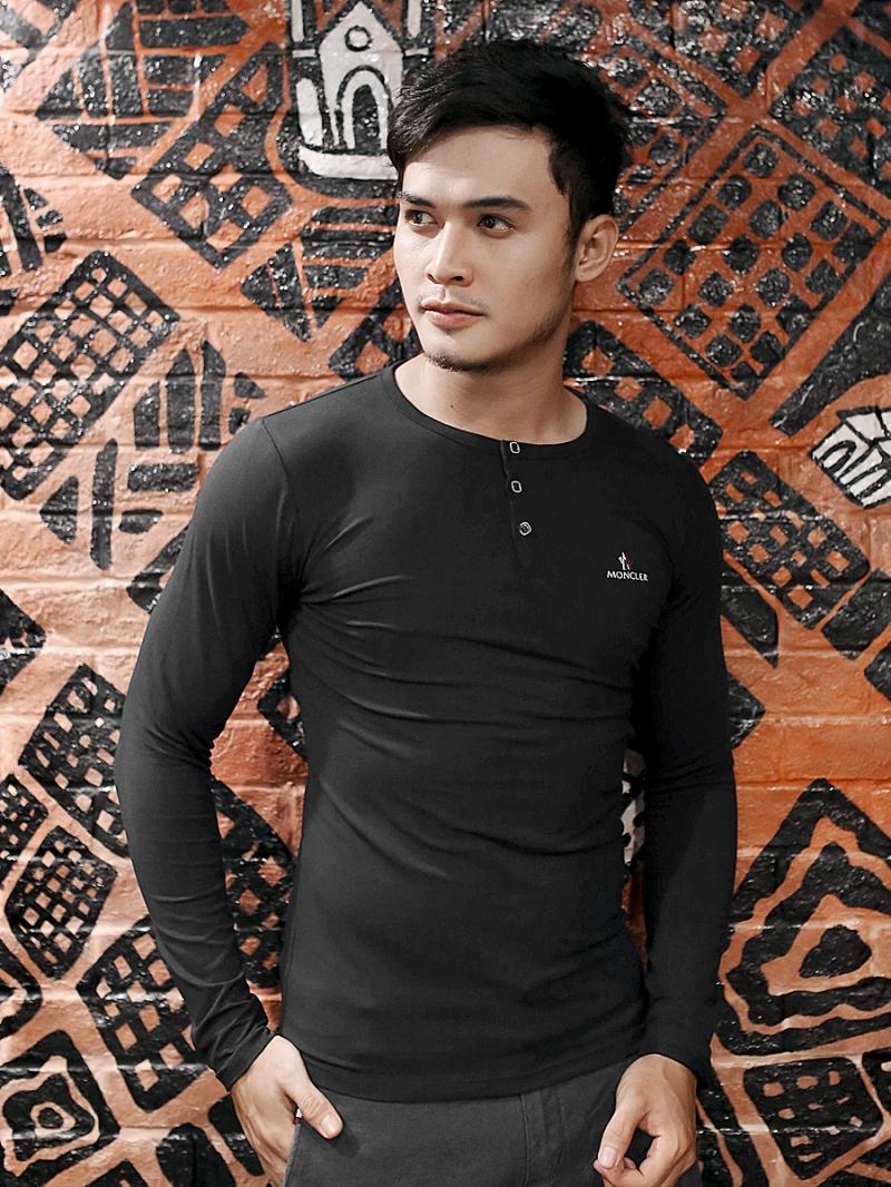 Áo Thun Tay Dài Đen AT611