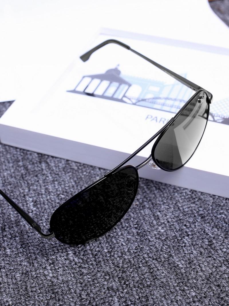 Mắt kính đen mk138 - 3