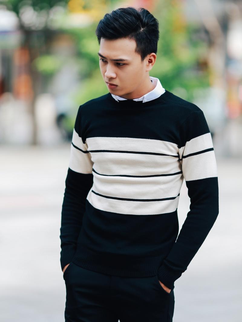 Áo len màu đen sọc kem al98 - 3