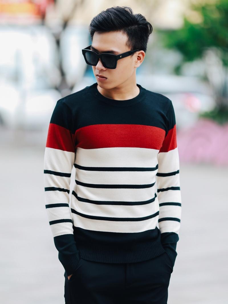 Áo len màu đen sọc kem al104 - 2