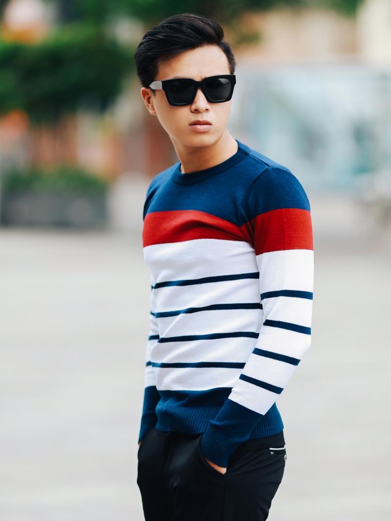 Áo len màu xanh sọc kem al104 - 1