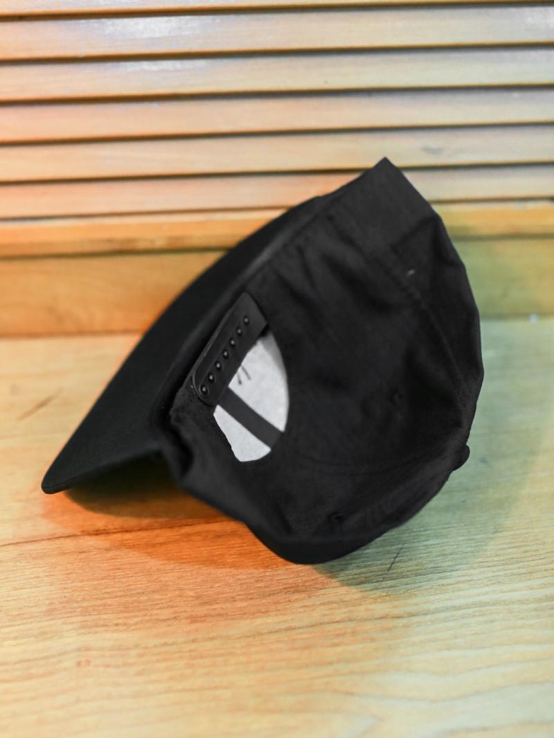 Nón snapback đen n357 - 2