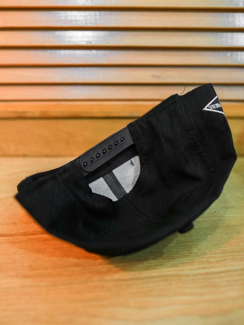 Nón snapback đen n359 - 2