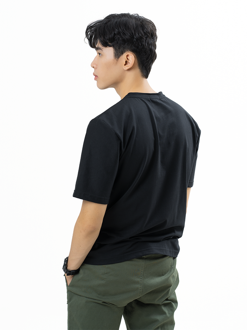 Áo Thun Trơn Căn Bản Form Regular AT017 Màu Đen