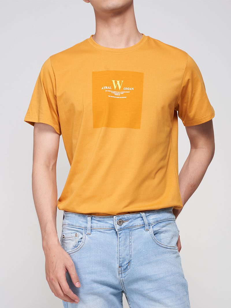 Áo Thun Thân Trước In Họa Tiết AT021 Màu Vàng