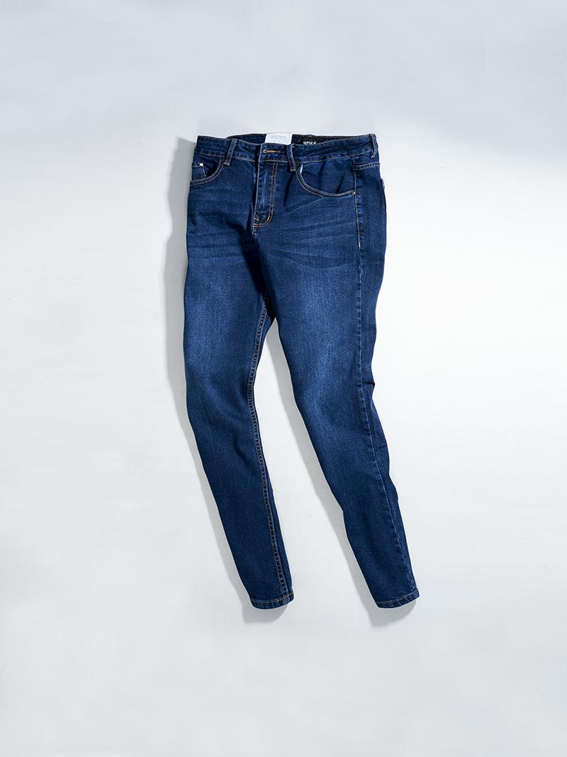 Quần Jeans Trơn Form Regular QJ020 Màu Xanh Đen