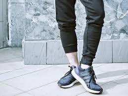 Những mẫu giày thích hợp phối cùng quần jeans đen nam
